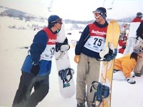 スノーボードジャンプ大会の写真